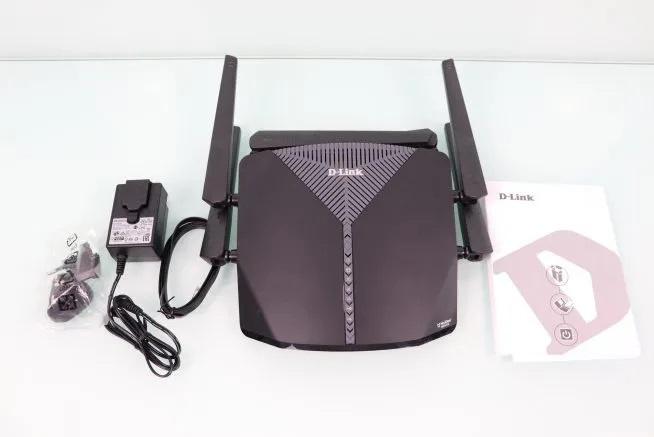 D-Link-3060-EXO-AC3000-Smart-Mesh-inside-box